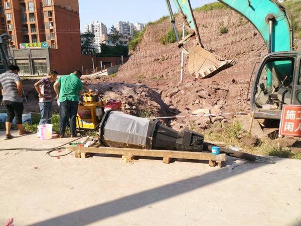 广西来宾市基坑环保型静态开采地基石头设备开裂时间