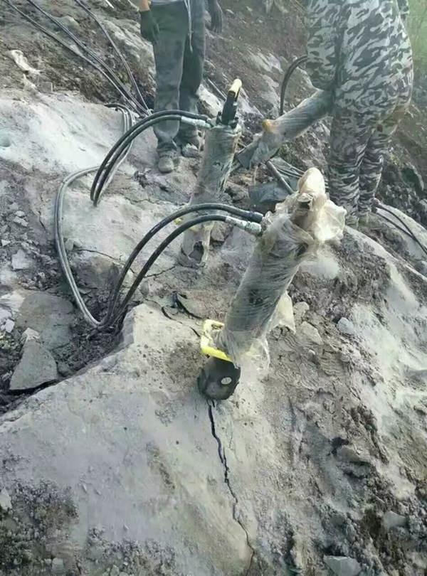 湖南郴州房屋建设土石方开挖静态劈石机施工效率快