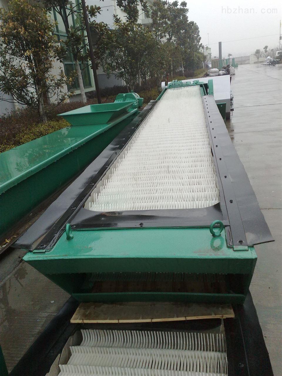 GSHZ型回转式格栅除污机又称固液分离器
