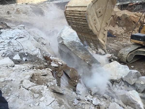 凉山州房屋建设土石方开挖静态劈石机利润翻倍